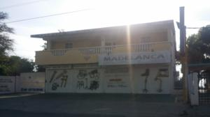 Apartamento En Venta En Cabimas, Ambrosio, Venezuela, VE RAH: 17-5982