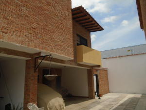 Townhouse En Venta En Municipio Naguanagua, Las Quintas, Venezuela, VE RAH: 17-6093