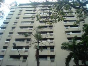 Apartamento En Venta En Caracas, El Rosal, Venezuela, VE RAH: 17-6050