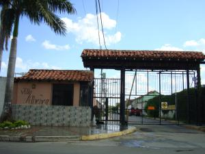 Casa En Venta En Maracay, Villa Ahtenea, Venezuela, VE RAH: 17-6025