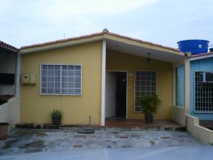 Casa En Venta En Cabudare, Prados Del Golf, Venezuela, VE RAH: 17-6052