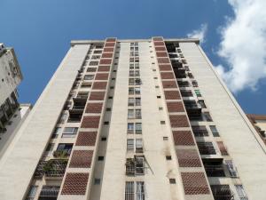 Apartamento En Venta En Caracas, Palo Verde, Venezuela, VE RAH: 17-6182