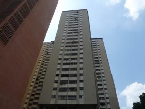 Apartamento En Venta En Caracas, El Paraiso, Venezuela, VE RAH: 17-6086