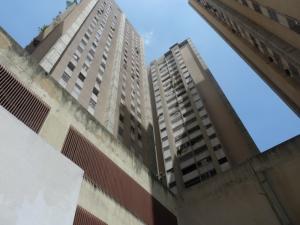 Apartamento En Venta En Caracas, El Paraiso, Venezuela, VE RAH: 17-6088
