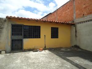 Casa En Venta En Cabudare, Parroquia José Gregorio, Venezuela, VE RAH: 17-6101