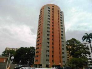Apartamento En Venta En Valencia, Prebo I, Venezuela, VE RAH: 17-6103