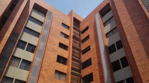 Apartamento En Venta En Maracaibo, Valle Frio, Venezuela, VE RAH: 17-6329