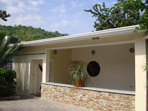 Casa En Venta En Maracay, El Limon, Venezuela, VE RAH: 17-6137