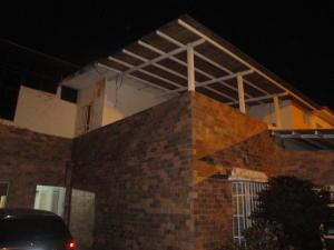 Casa En Venta En Municipio San Diego, Morro I, Venezuela, VE RAH: 17-6178