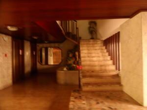 Apartamento En Venta En Caracas - Terrazas del Avila Código FLEX: 17-7673 No.4