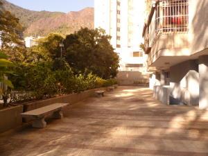 Apartamento En Venta En Caracas - Terrazas del Avila Código FLEX: 17-7673 No.5