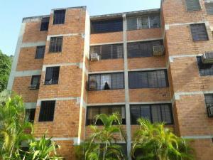Apartamento En Venta En Valencia, Las Chimeneas, Venezuela, VE RAH: 17-6192