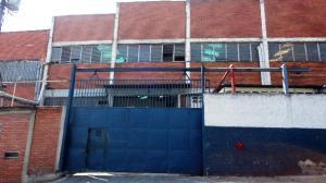 Galpon - Deposito En Ventaen Caracas, La Yaguara, Venezuela, VE RAH: 17-6191