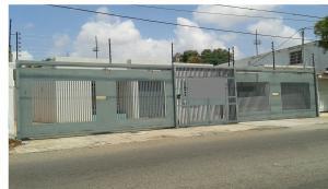 Oficina En Alquiler En Maracaibo, Las Delicias, Venezuela, VE RAH: 17-6217