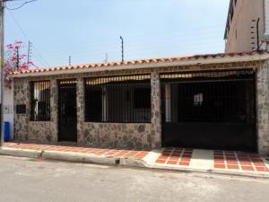 Casa En Venta En Turmero, Los Overos, Venezuela, VE RAH: 17-6208