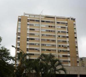 Apartamento En Venta En Caracas, Santa Fe Norte, Venezuela, VE RAH: 17-6397