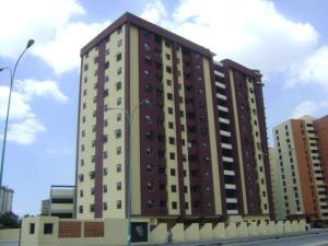 Apartamento En Venta En Maracay, Base Aragua, Venezuela, VE RAH: 17-6214