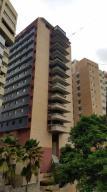 Apartamento En Venta En Valencia, El Parral, Venezuela, VE RAH: 17-6218