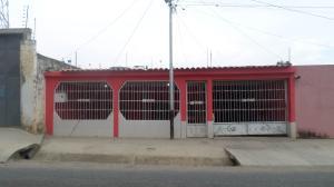 Casa En Ventaen Barquisimeto, Parroquia Tamaca, Venezuela, VE RAH: 17-6241