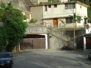 Casa En Venta En Caracas, Los Chaguaramos, Venezuela, VE RAH: 17-6244