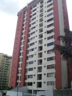 Apartamento En Venta En Caracas, Guaicay, Venezuela, VE RAH: 17-6278