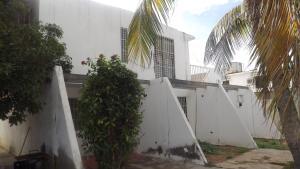 Casa En Venta En Punto Fijo, Puerta Maraven, Venezuela, VE RAH: 17-6262