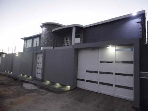 Casa En Venta En Punto Fijo, Guanadito, Venezuela, VE RAH: 17-6264