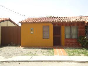 Casa En Venta En Barquisimeto, Parroquia Santa Rosa, Venezuela, VE RAH: 17-6286