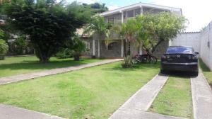 Casa En Venta En Barquisimeto, Los Libertadores, Venezuela, VE RAH: 17-6332