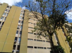 Apartamento En Venta En Caracas, Santa Ines, Venezuela, VE RAH: 17-7309