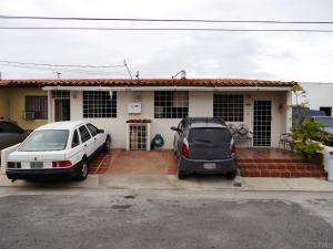 Casa En Venta En Cabudare, Tierra Del Sol, Venezuela, VE RAH: 17-6369