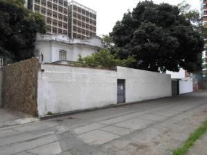 Casa En Venta En Caracas, El Paraiso, Venezuela, VE RAH: 17-6387