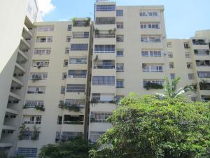 Apartamento En Venta En Caracas, Las Esmeraldas, Venezuela, VE RAH: 17-6376