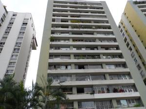 Apartamento En Venta En Caracas, Santa Fe Norte, Venezuela, VE RAH: 17-6383