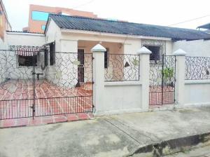 Casa En Venta En Puerto Cabello, Rancho Grande, Venezuela, VE RAH: 17-6396
