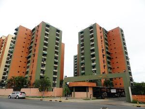 Apartamento En Venta En Maracay, Base Aragua, Venezuela, VE RAH: 17-6412