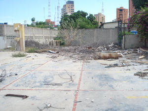 Terreno En Venta En Maracaibo, La Lago, Venezuela, VE RAH: 17-6416