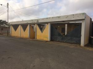 Casa En Venta En Punto Fijo, Santa Elena, Venezuela, VE RAH: 17-6424
