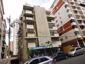 Apartamento En Venta En Caracas, Los Palos Grandes, Venezuela, VE RAH: 17-6448