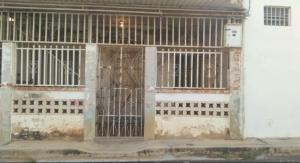 Casa En Venta En Maracaibo, Santa Lucía, Venezuela, VE RAH: 17-6456