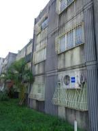Apartamento En Venta En Cabudare, La Mora, Venezuela, VE RAH: 17-6475