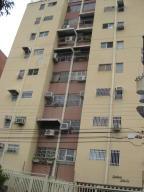 Apartamento En Venta En Maracay, El Bosque, Venezuela, VE RAH: 17-6540
