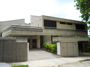 Casa En Venta En Valencia, Lomas Del Este, Venezuela, VE RAH: 17-6518