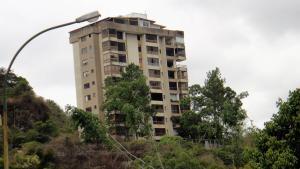Apartamento En Venta En Caracas, Colinas De Bello Monte, Venezuela, VE RAH: 17-6520