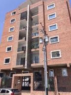 Apartamento En Venta En Maracay, San Jacinto, Venezuela, VE RAH: 17-6527