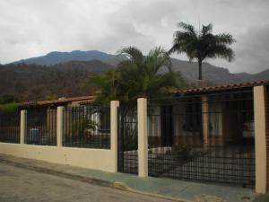 Casa En Venta En Municipio San Diego, La Cumaca, Venezuela, VE RAH: 17-6532