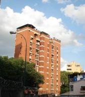 Apartamento En Venta En Caracas, Las Palmas, Venezuela, VE RAH: 17-6534