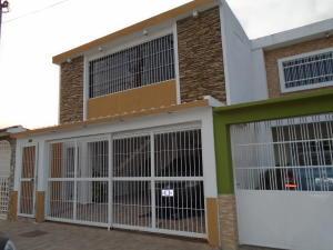 Casa En Venta En Municipio Naguanagua, Las Quintas, Venezuela, VE RAH: 17-6536