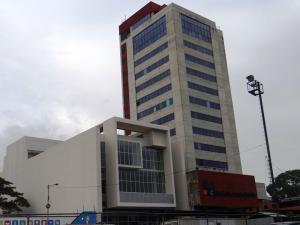 Local Comercial En Alquiler En Valencia, La Alegria, Venezuela, VE RAH: 17-6538
