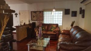 Casa En Venta En Caracas - Colinas de Caicaguana Código FLEX: 17-6574 No.7